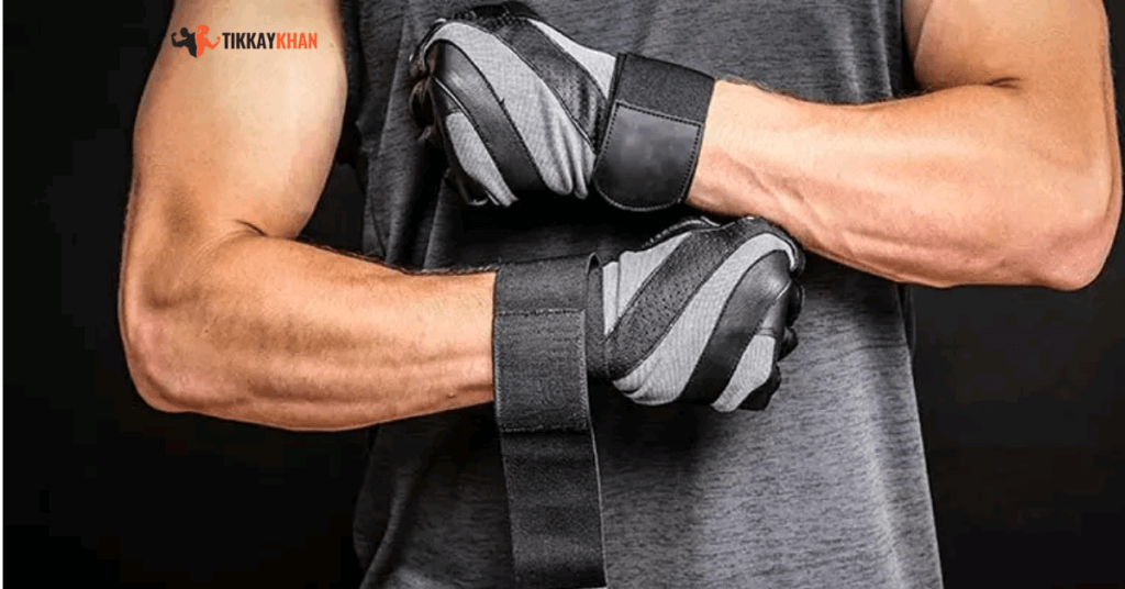Top 10 Accessories to Carry While Going Gym | Weight Lifting Gloves
